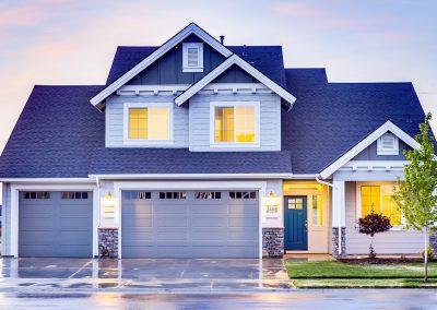 Blaues-Einfamilienhaus